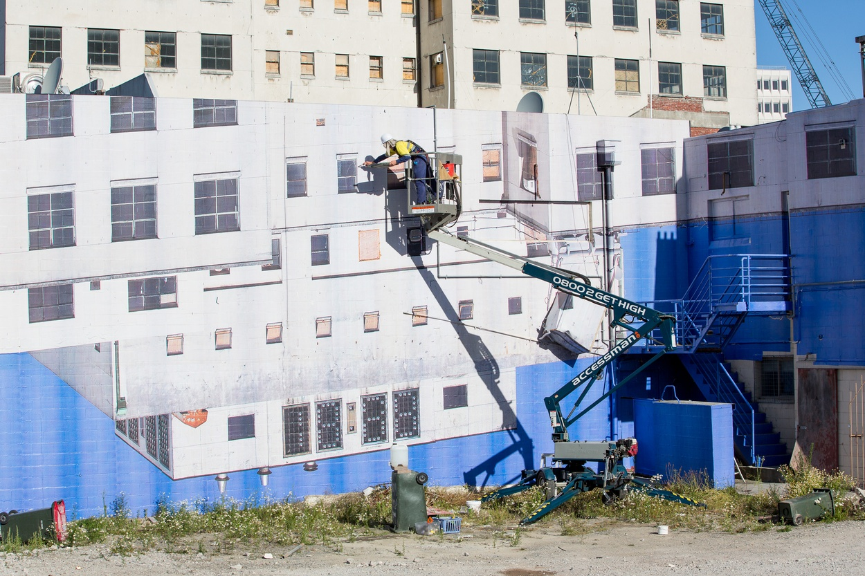 Mike Hewson: (During installation) - Cnr Gloucester St and Oxford Tce, Christchurch, New Zealand